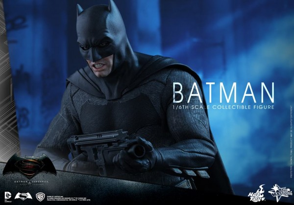 BvS: Dawn of Justice 1/6th scale Batman Collectible Figure