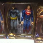 Dispo en France : Batman V Superman, Power Ranger, Barbie, Ever After High etc...