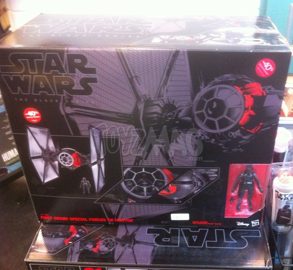 solde -40% FNAC : 1st Order Special Forces Tie Fighter – Star Wars The Black Series 6