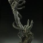 alien-internecivus-raptus-statue-06