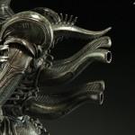 alien-internecivus-raptus-statue-11