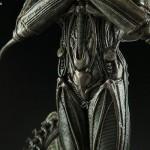 alien-internecivus-raptus-statue-12