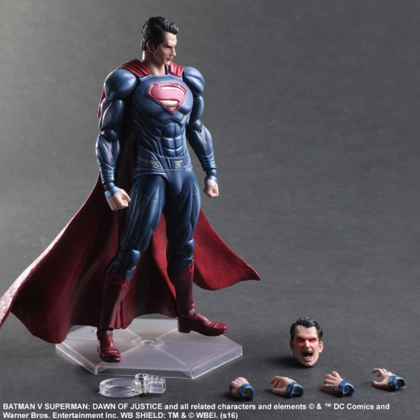 Batman vs Superman: Play Arts Kai de Superman