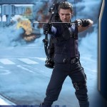 civil-war-marvel-hot-toys-hawkeye1