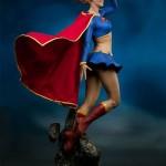 dc-comics-supergirl-premium-format-09