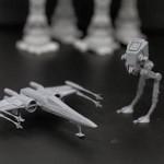 AT-ST et X-Wing à l'échelle 1/144