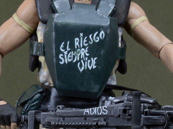 NECA tease sa figurine  Aliens de Vasquez