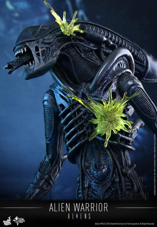 alien-hot-toys-2