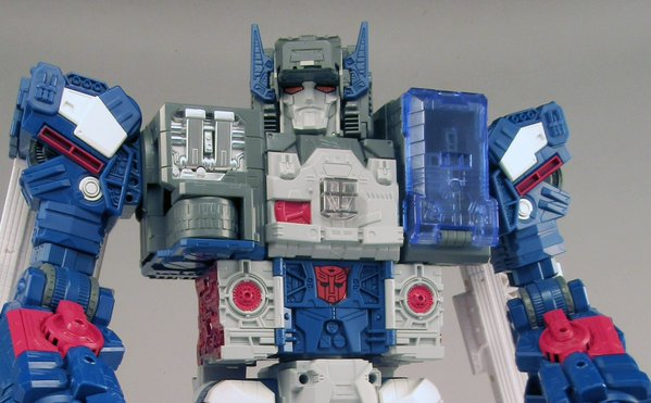 Transformers Legends LG31 Fortress Maximus 25,000Yen