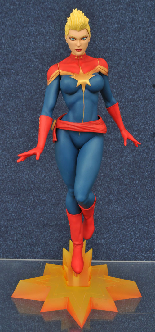 SDCC16-MARVEL-GALLERY-CAPT-MARVEL-MOHAWK-FIG