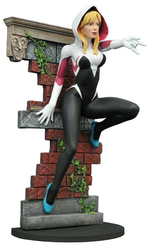 SDCC16-MARVEL-GALLERY-SPIDER-GWEN-UNMASK-PVC-FIG