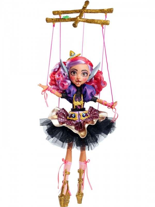 SDCC2016-MATTEL-mattycollector-exclu-everafterhigh
