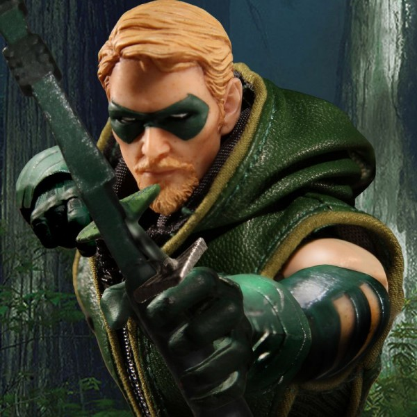 arrow-mezco-11