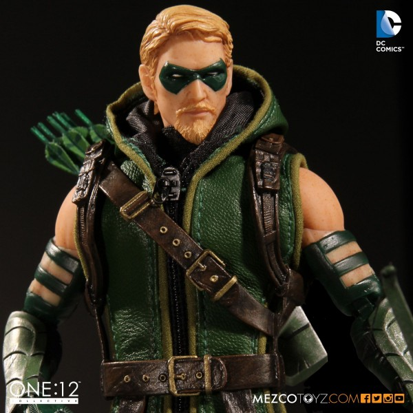 arrow-mezco-3