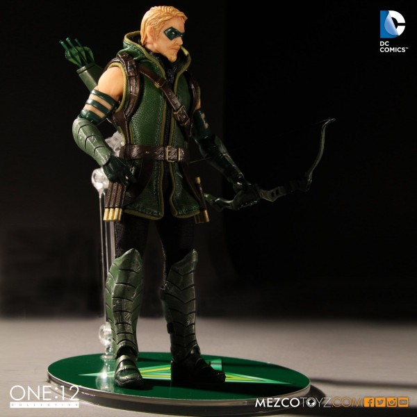 arrow-mezco-4