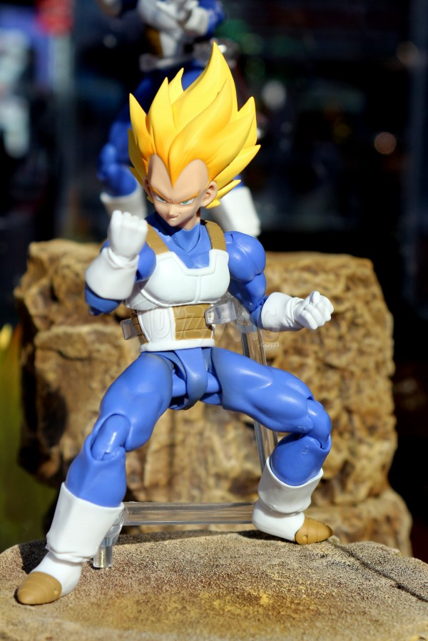 S.H.FIguarts Son Gohan SSJ2 / CELL PERFECT PREMIUM COLOR EDITION JAPAN EXPO 2016 TAMASHII NATIONS