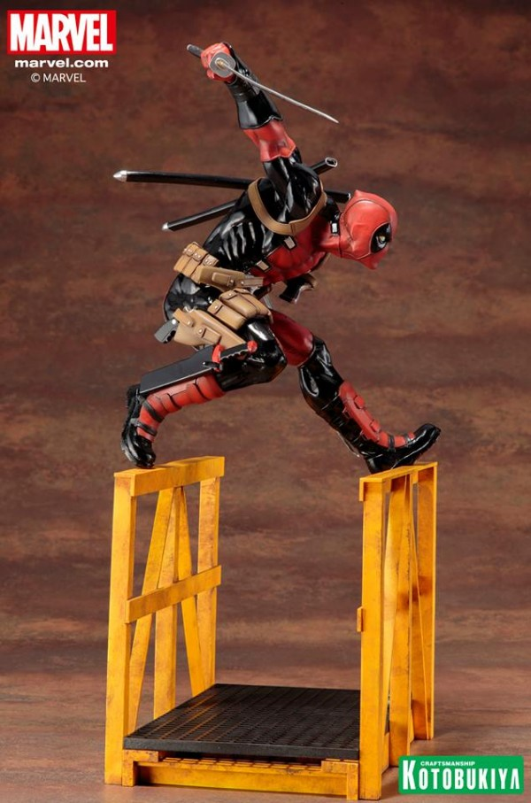 """Super"" Deadpool ARTFX Statue"