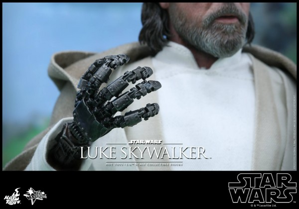 Luke Skywalker The Force Awakens par Hot Toys