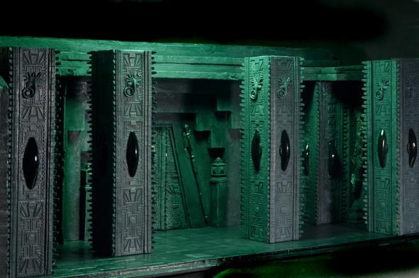 590w-temple2
