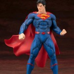 Superman Rebirth ARTFX+ Statue