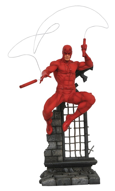 DST-Marvel-Daredevil-Statue
