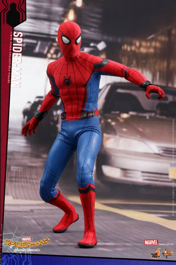 Spider-Man: Homecoming 1/6th scale Spider-Man Collectible Figure