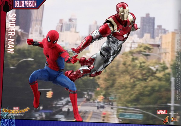 Spider-Man: Homecoming 1/6th scale Spider-Man (Deluxe Version).