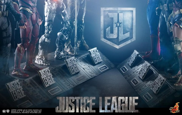 Justice League, Hot Toys