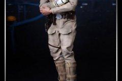 star-wars-the-empire-strikes-back-bespin-luke-skywalker-hot-toys-6