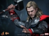 thor-the-avengers-hot-toys-2