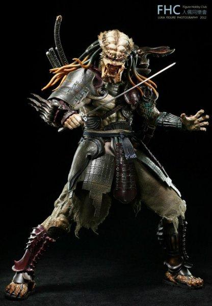 http://www.toyzmag.com/wp-content/gallery/avppredatorsamurai/avp-samurai-predator-hot-toys-22.jpg