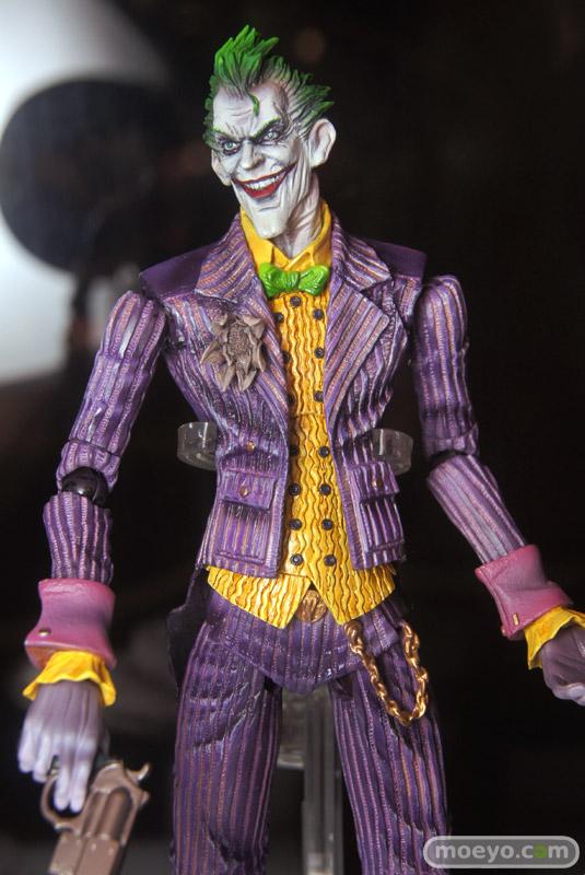 New Play Arts Kai Batman Arkham Asylum Joker