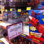 Toys R Us veut vider ses rayons Spider-Man, Thor et Captain America