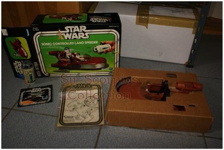 boîte ouverte avec livret, landspeeder vintage