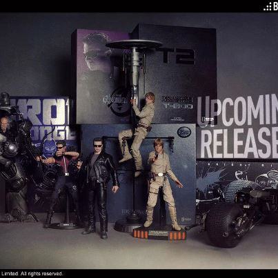 hot toys futures sorties