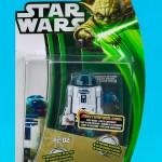 Hasbro_Clone_Wars_2013_Green_yoda_Carded_R2-D2