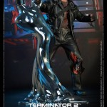 le T-800 Battle Damaged DX chez Hot Toys