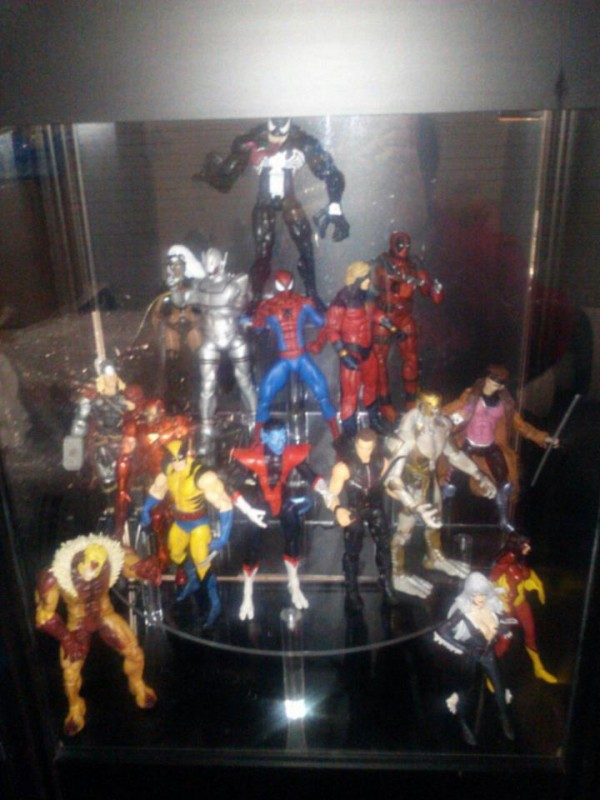 marvel select stand dst nytf