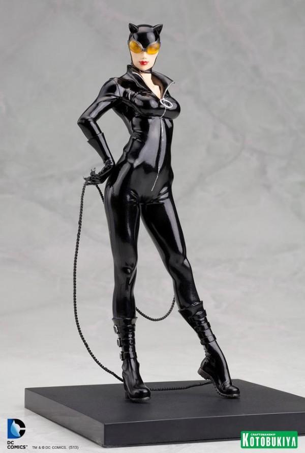 DC Comics Catwoman New 52 ARTFX+ statue KOTO 01