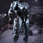 Robocop et ED-209 nouvelles versions par Hot Toys