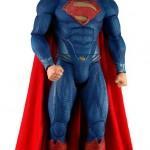 Man of Steel une figurine géante de Superman par Neca