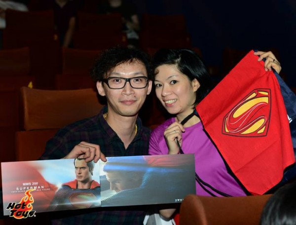 hot toys projection man of steel 3