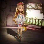 Ashlynn Ella arrive dans la gamme Ever After High