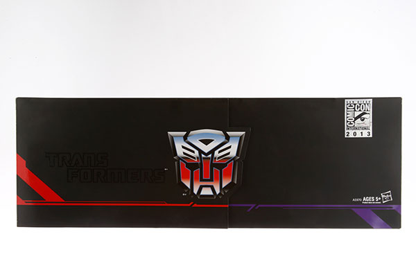 Hasbro-2013-SDCC-Transformers-Titan-Guardians_packaging1