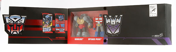 Hasbro-2013-SDCC-Transformers-Titan-Guardians_packaging2