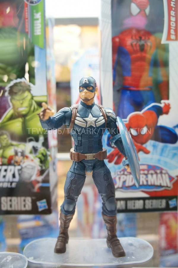SDCC-2013-Hasbro-Captain-America-Winter-Soldier-6-Inch-001