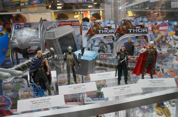SDCC-2013-Hasbro-Thor-The-Dark-World-001