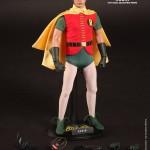 Batman et Robin série TV : Hot Toys fait dans le groovy