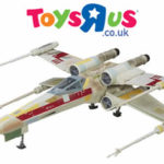 Star Wars : Toys R Us propose le X-Wing TVC en Europe