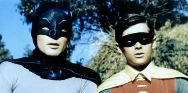5362174-batman-burt-ward-alias-robin-ne-me-tuez-pas